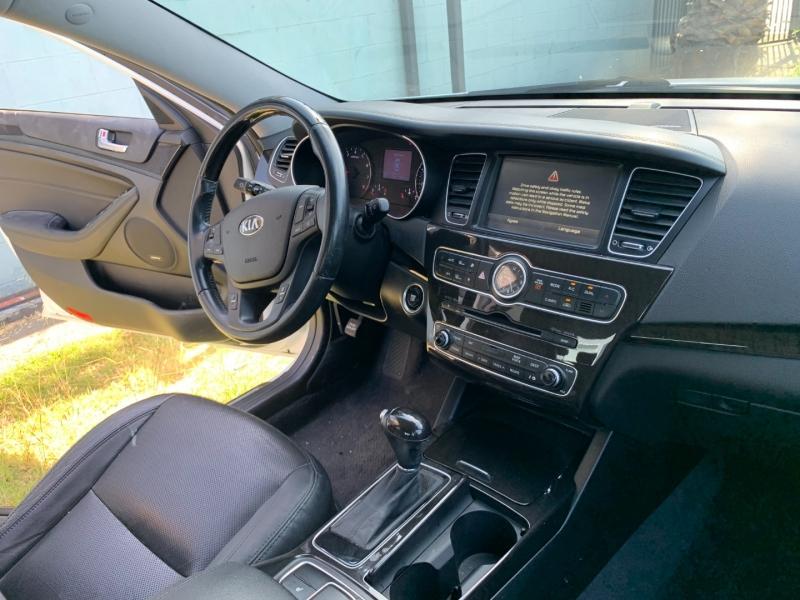Kia Cadenza 2014 price $20,999