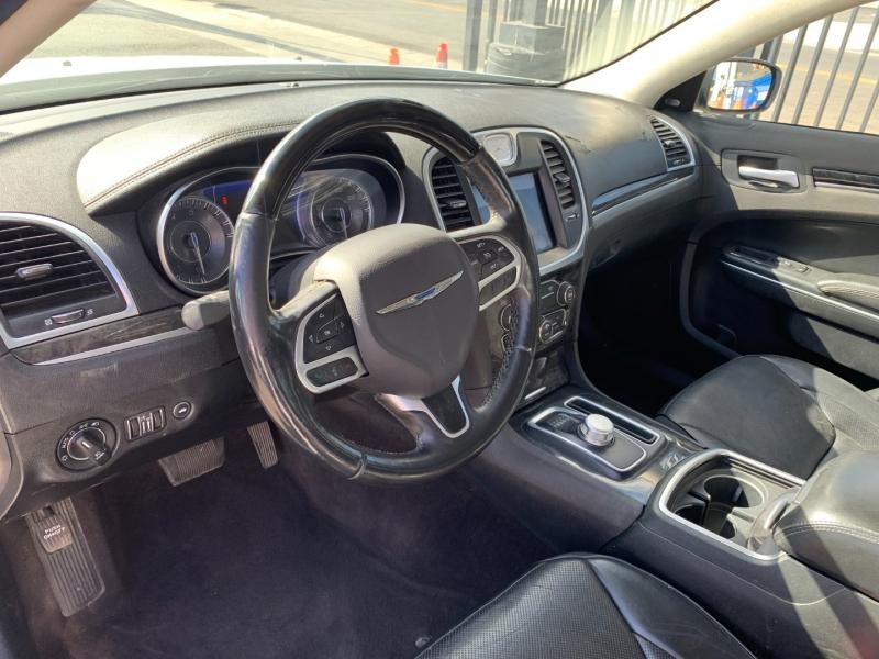 Chrysler 300 2017 price $25,999