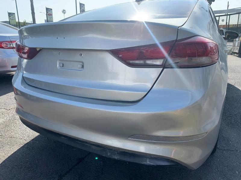 Hyundai Elantra 2017 price $20,999