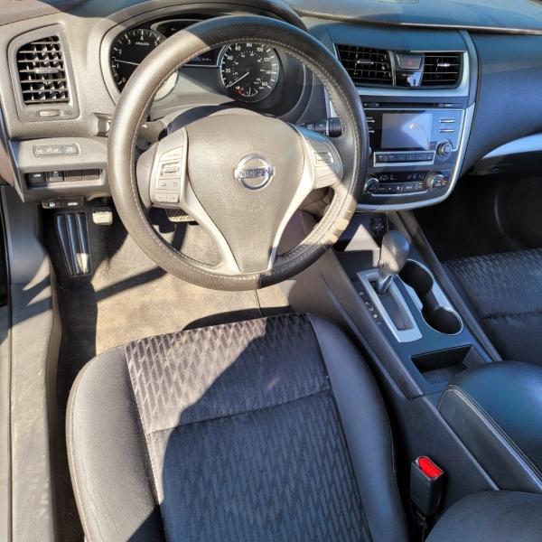 Nissan Altima 2017 price $21,999