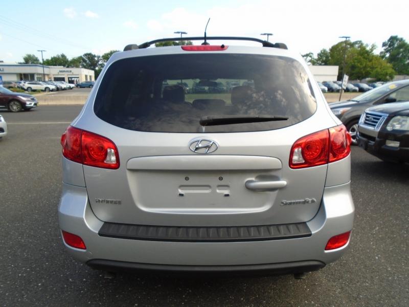 Hyundai Santa Fe 2009 price $6,499