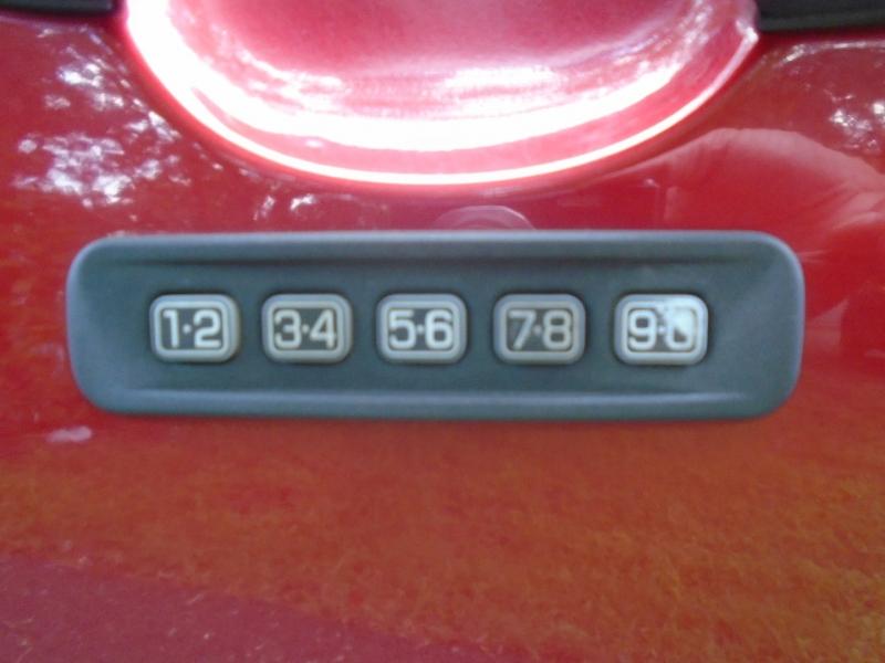 Ford Escape 2009 price $4,999