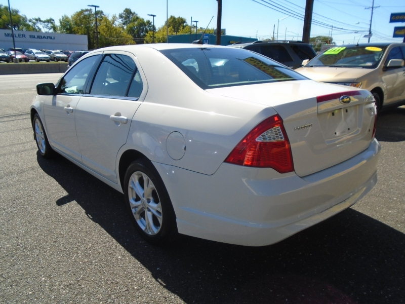 Ford Fusion 2012 price $7,999