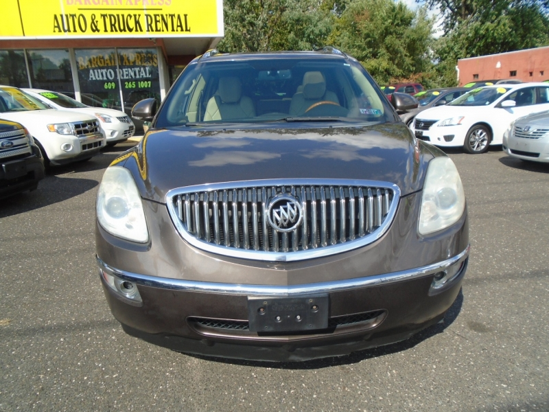 Buick Enclave 2010 price $8,999