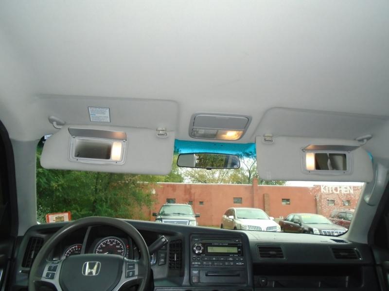 Honda Ridgeline 2010 price $9,999