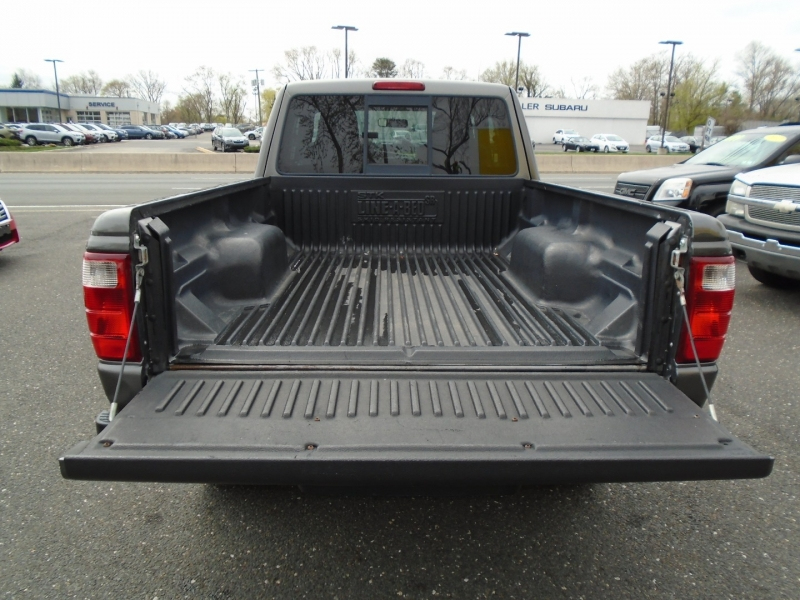 Ford Ranger 2005 price $8,999