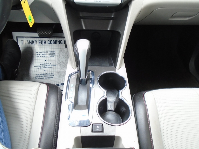 Chevrolet Equinox 2011 price $8,999