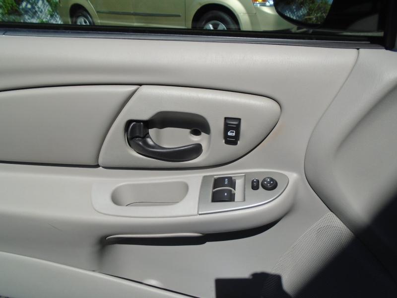 Chevrolet Monte Carlo 2006 price $3,999