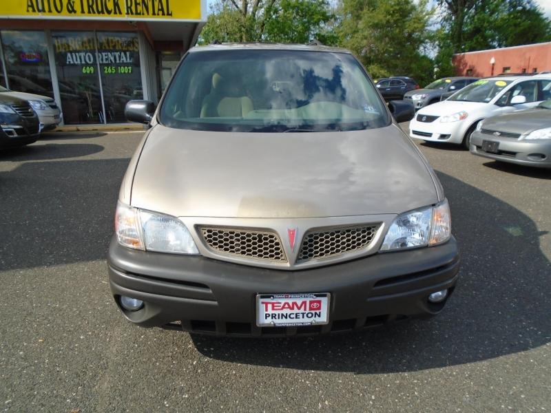 Pontiac Montana 2003 price $4,499