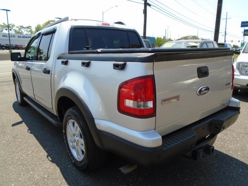 Ford Explorer Sport Trac 2010 price $11,550