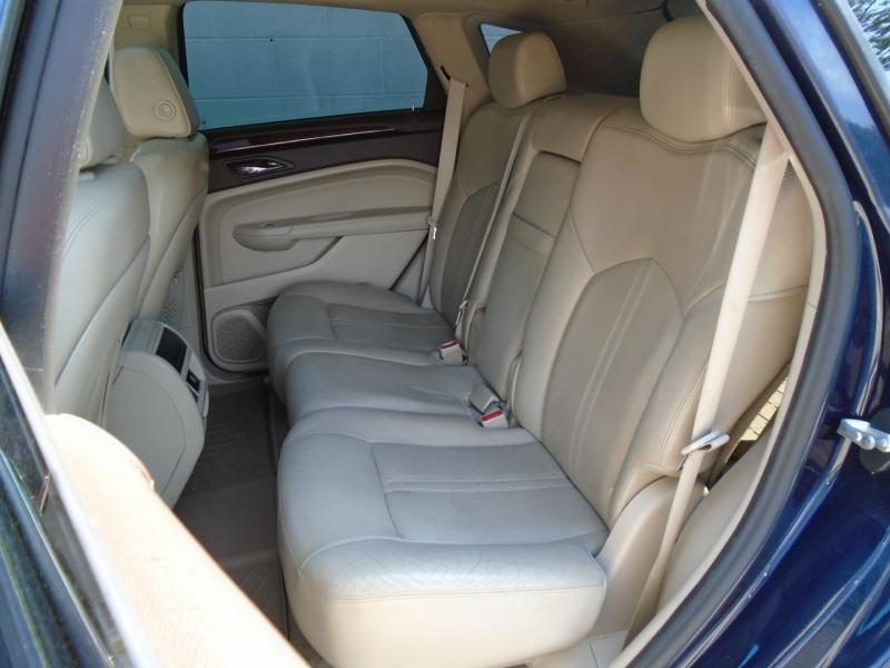 Cadillac SRX 2011 price $10,950