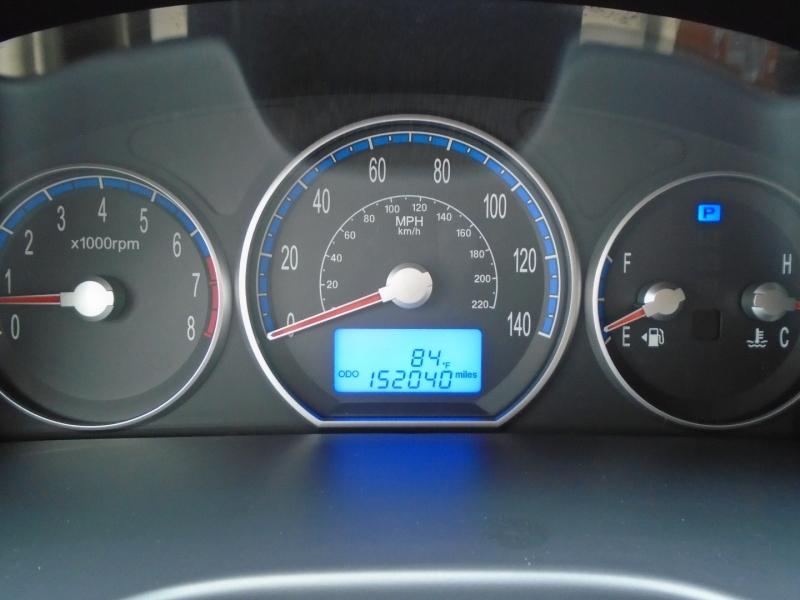 Hyundai Santa Fe 2009 price $7,297