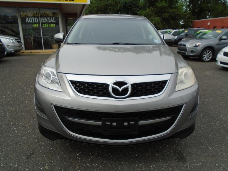 Mazda CX-9 2010 price $9,999