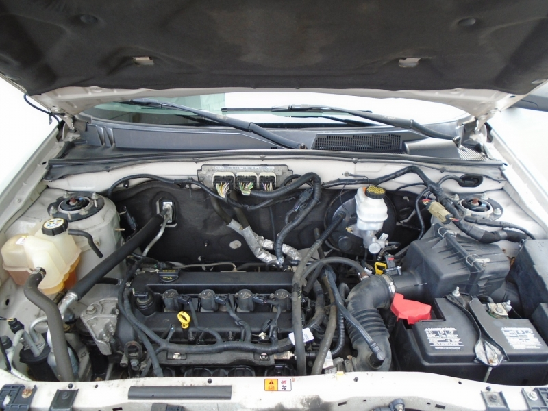 Ford Escape 2010 price $7,999