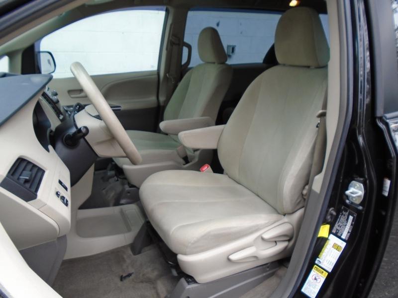Toyota Sienna 2012 price $12,999