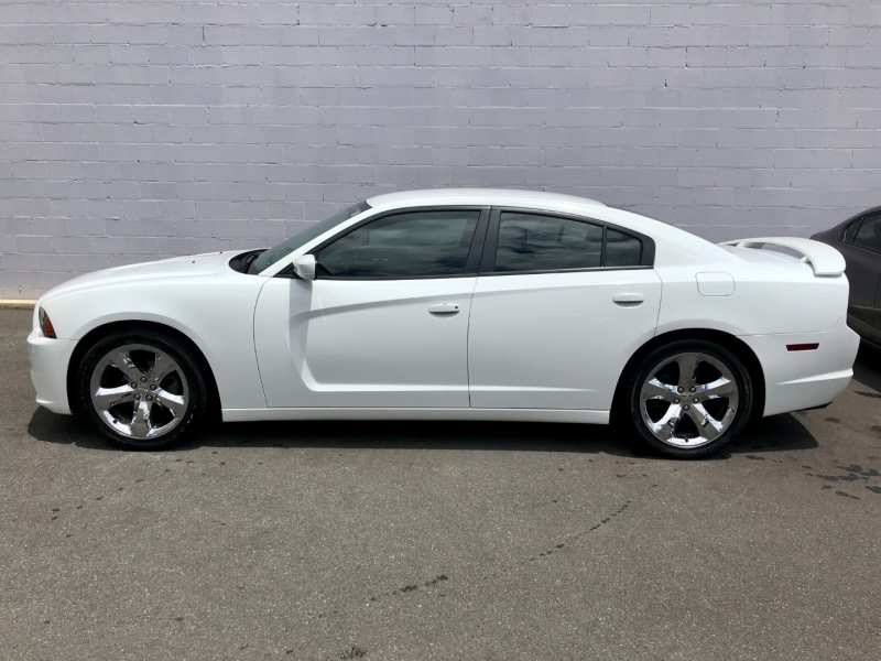 Dodge Charger 2013 price $14,995
