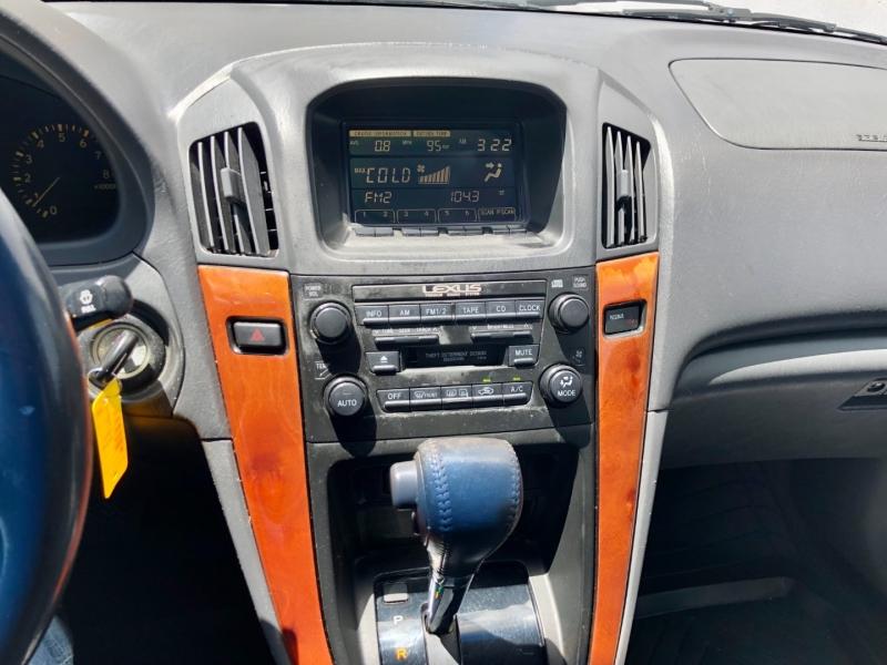 Lexus RX 300 Luxury SUV 1999 price $0