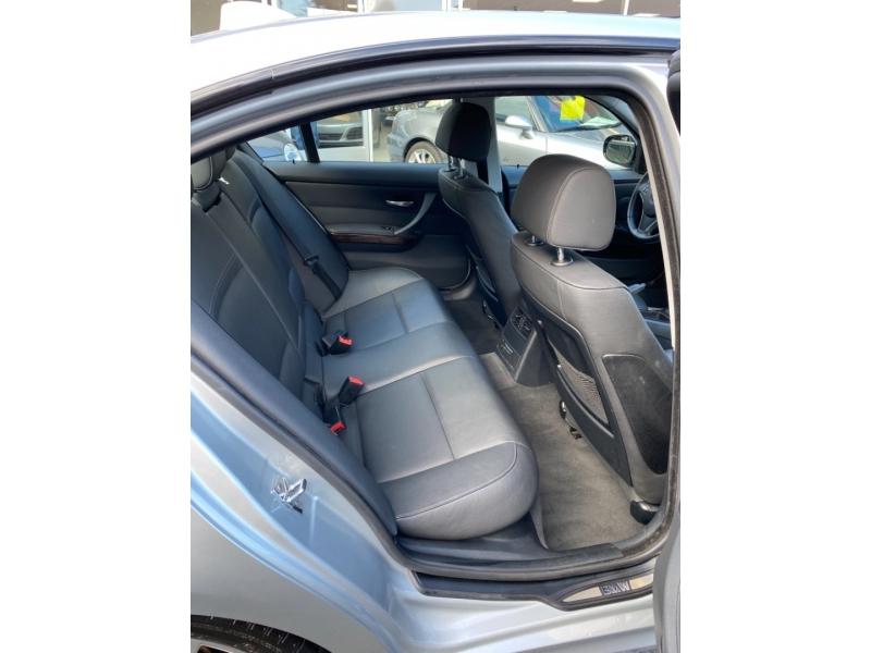 BMW 3-Series 2009 price $9,680