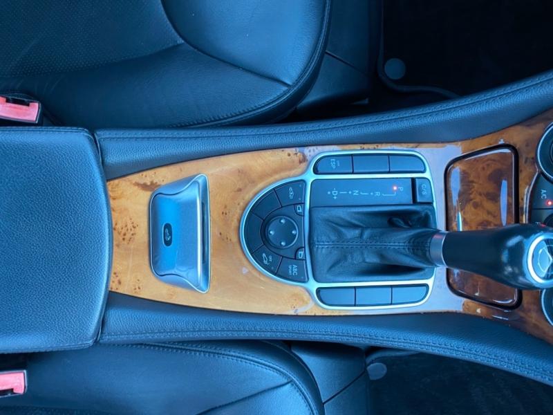Mercedes-Benz SL-Class 2007 price $17,900