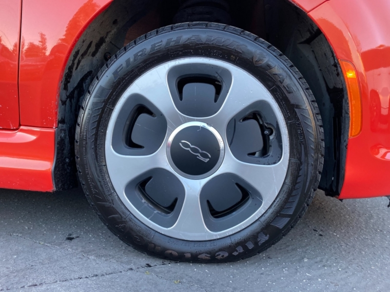 Fiat 500e 2014 price $6,988
