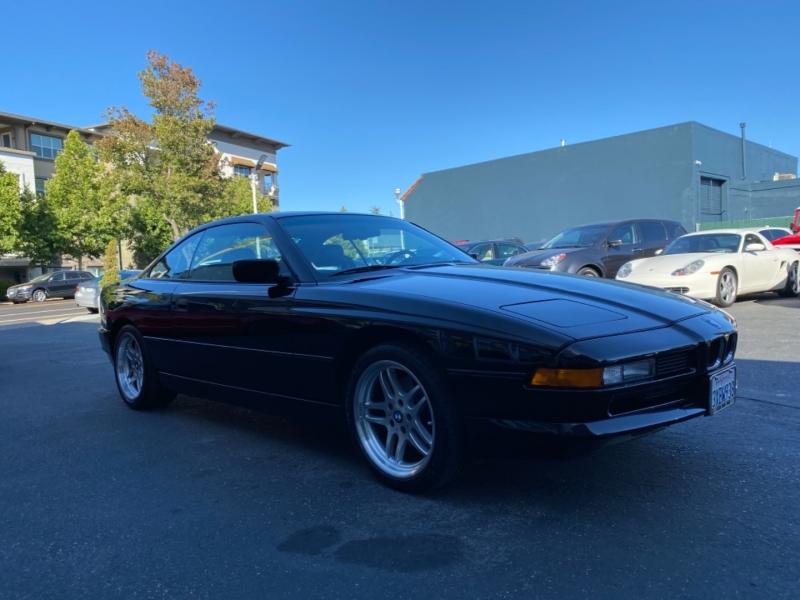 BMW 8-Series 1992 price $29,888