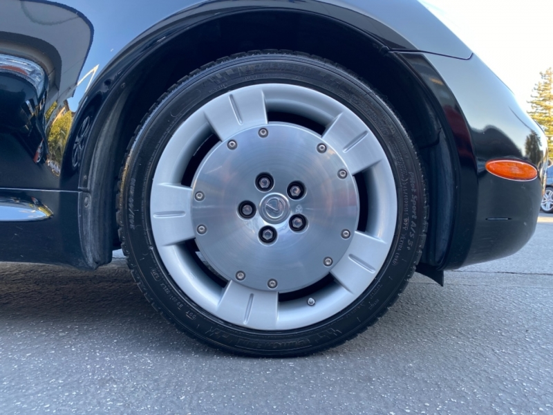 Lexus SC 430 2002 price $19,950