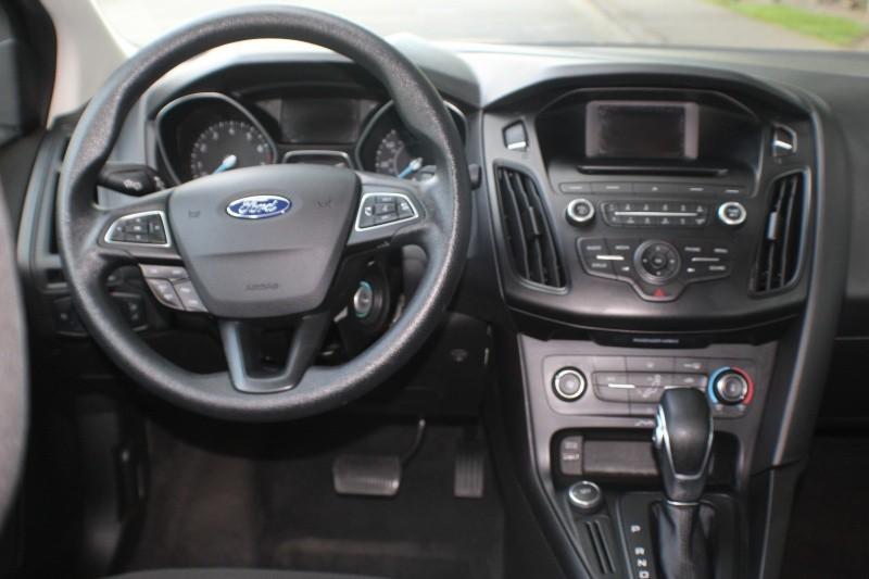 Ford Focus 2017 price $10,000