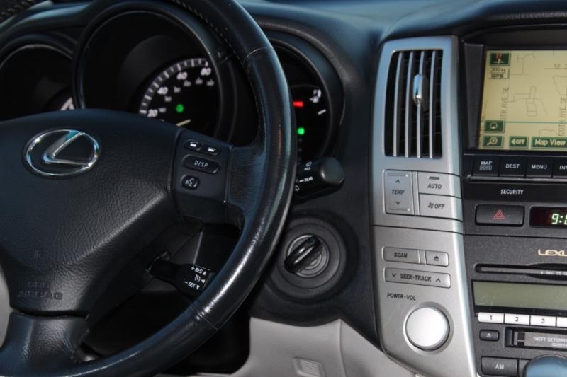Lexus RX 400h 2006 price $9,900