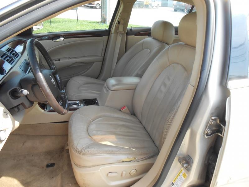 Buick Lucerne 2008 price $4,295