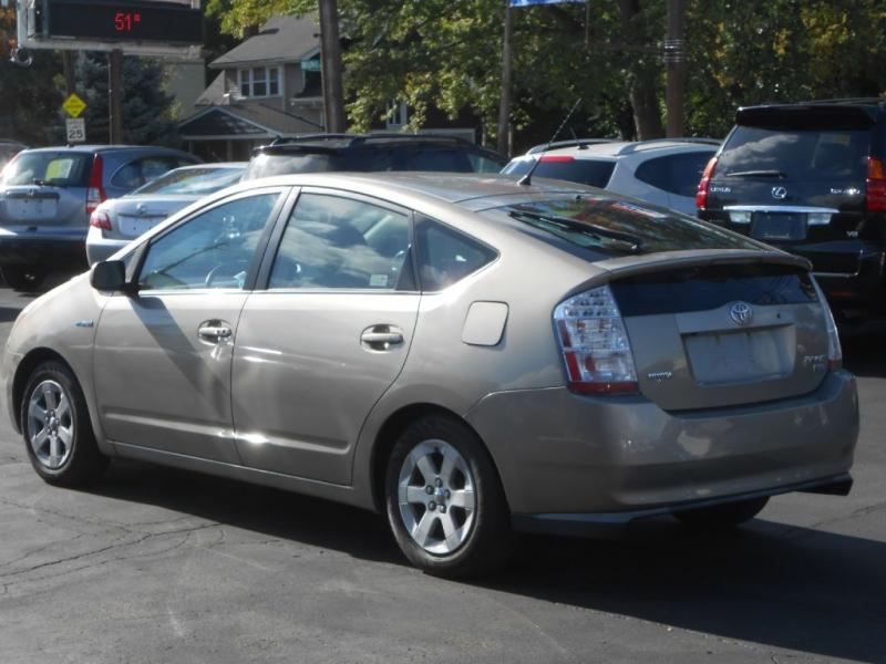 Toyota Prius 2008 price $4,995