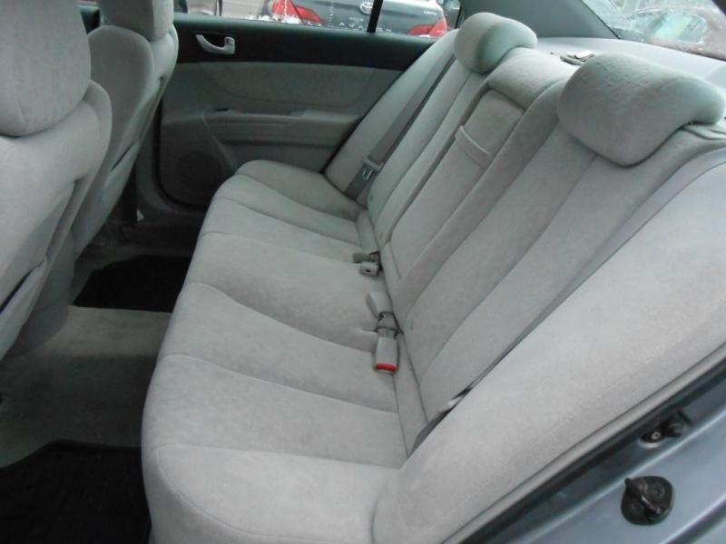 Hyundai Sonata 2006 price $2,895