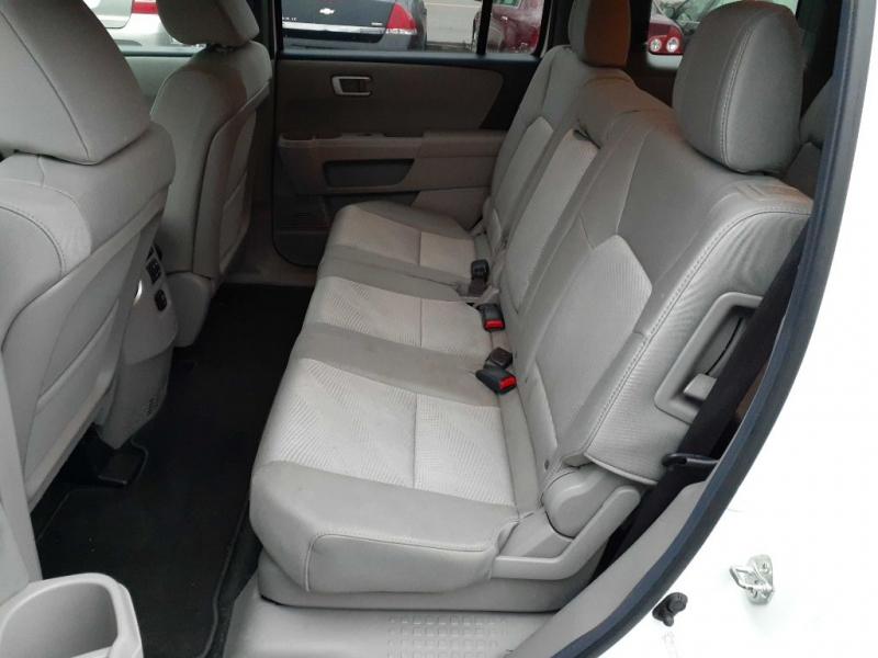 Honda Pilot 2012 price $6,895