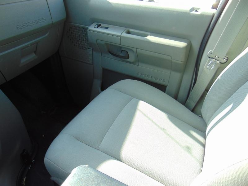 Ford Econoline Cargo Van 2012 price $15,665