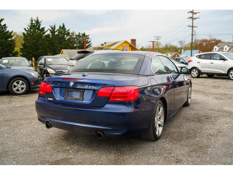 BMW 3-Series 2011 price $15,880