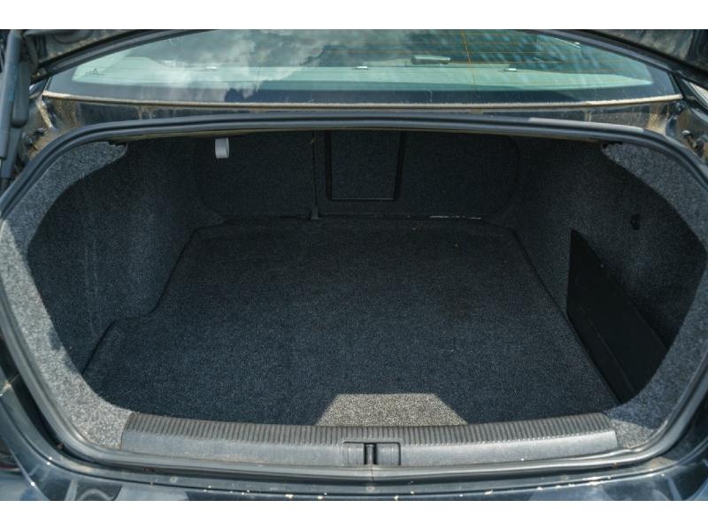 Volkswagen Jetta 2009 price $4,990