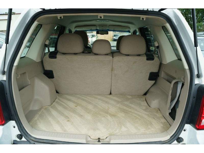 Ford Escape 2010 price $6,490