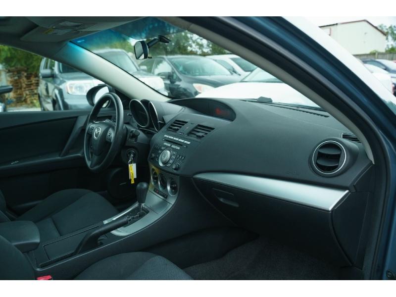 Mazda 3 2010 price $5,990