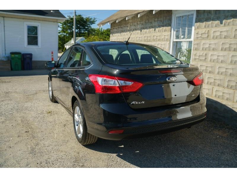 Ford Focus 2014 price $11,990