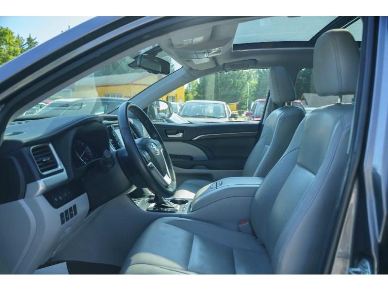 Toyota Highlander 2014 price $20,770