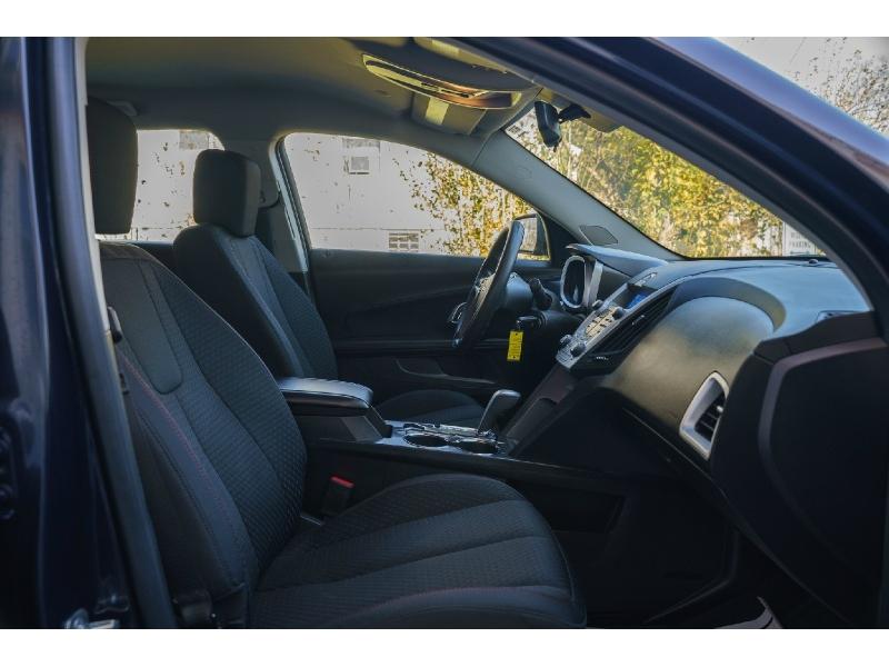 Chevrolet Equinox 2015 price $10,890