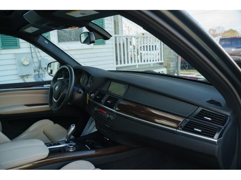 BMW X5 2013 price $12,990