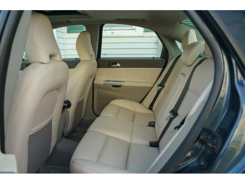 Volvo S 40 2011 price $7,790