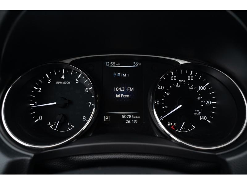 Nissan Rogue 2016 price $12,990