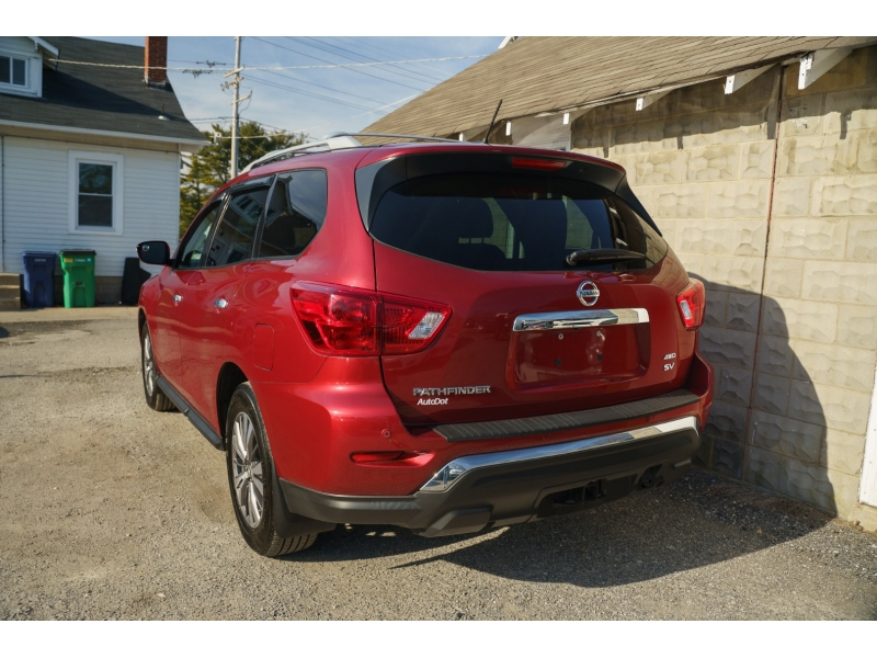 Nissan Pathfinder 2017 price $13,990
