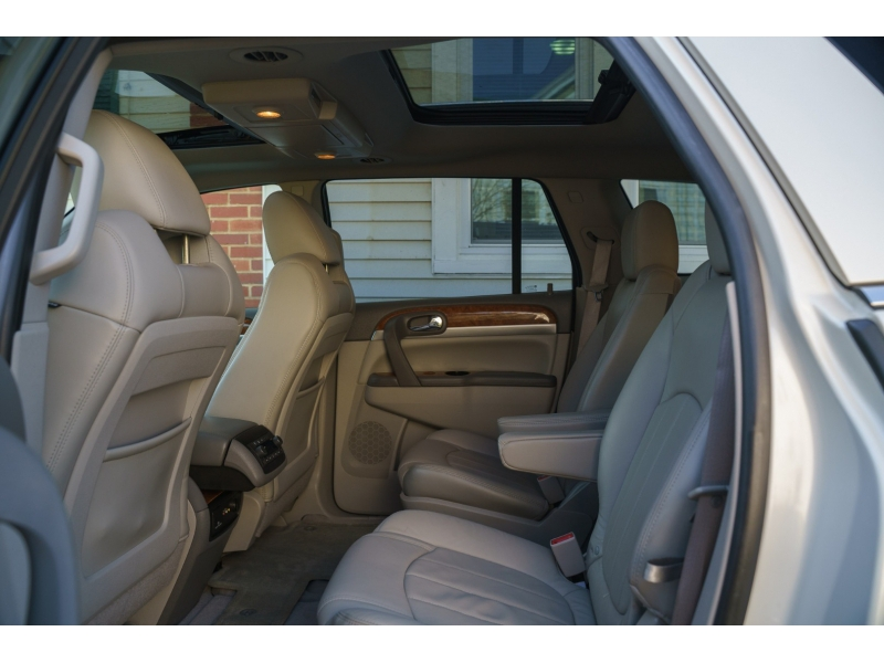 Buick Enclave 2012 price $12,990