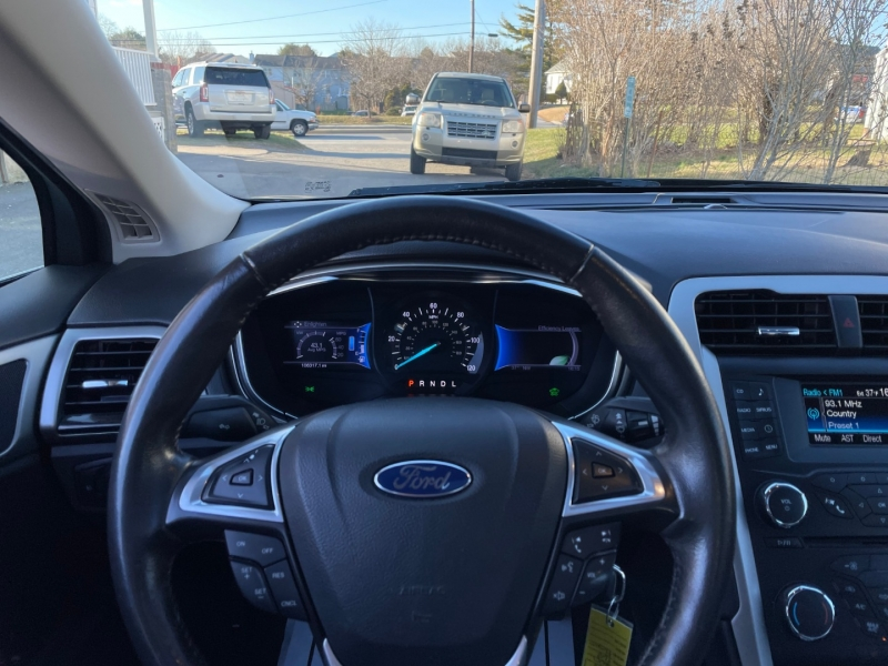 Ford Fusion 2013 price $8,890