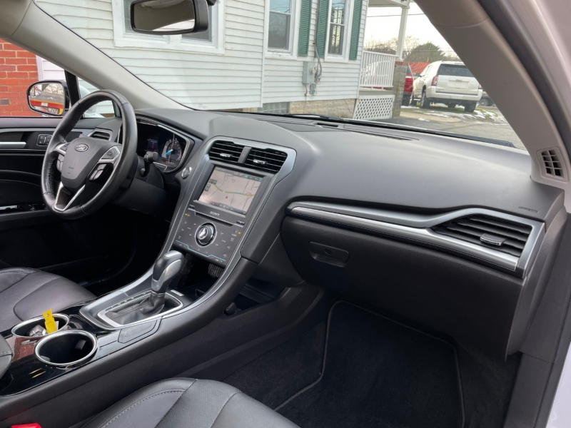 Ford Fusion 2013 price $9,390