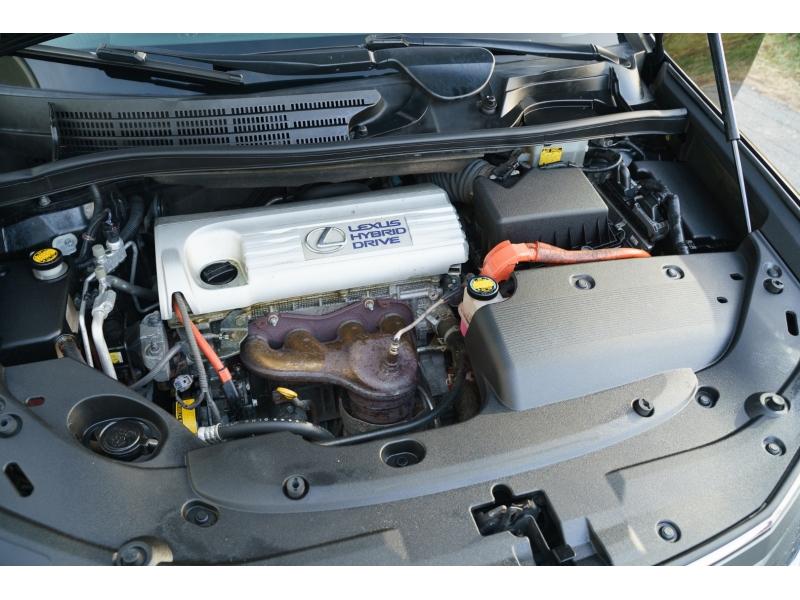 Lexus HS 250h 2010 price $8,490