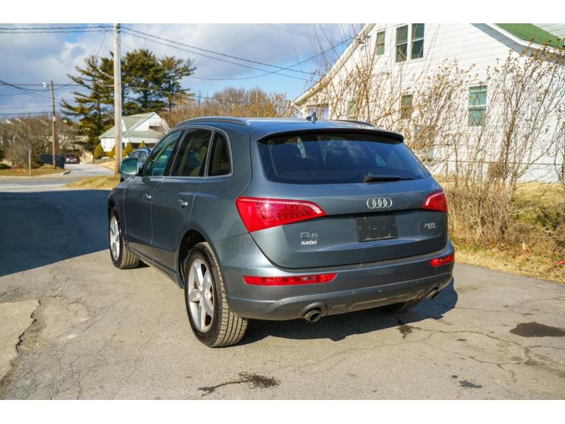 Audi Q5 2012 price $9,490