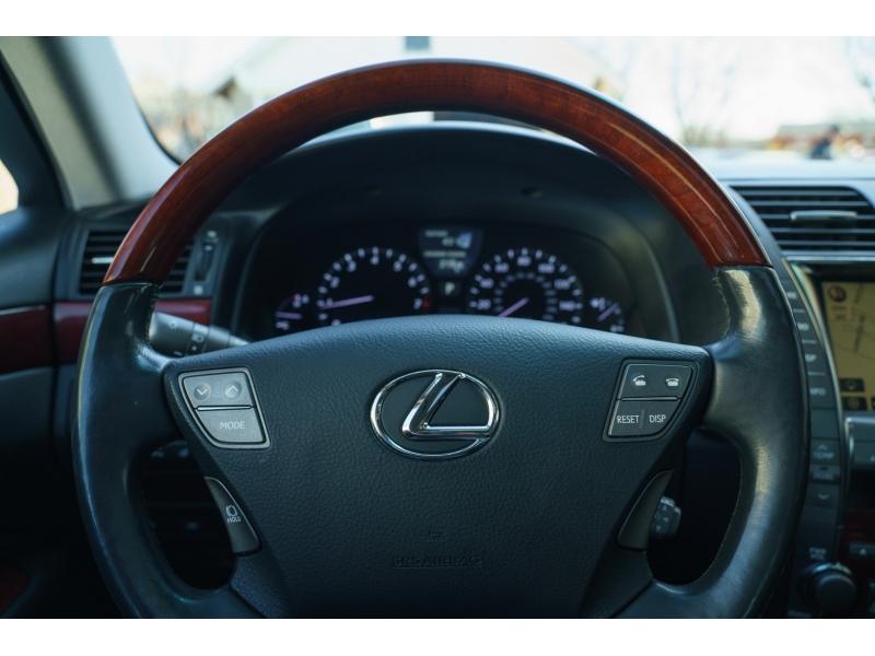 Lexus LS 460 2008 price $15,990